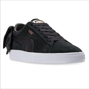 🆕PUMA BLACK SUEDE BACK BOW SNEAKERS